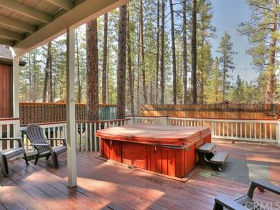 Photo for Adorable! PRIVATE HOT TUB. Close to SLOPES & LAKE