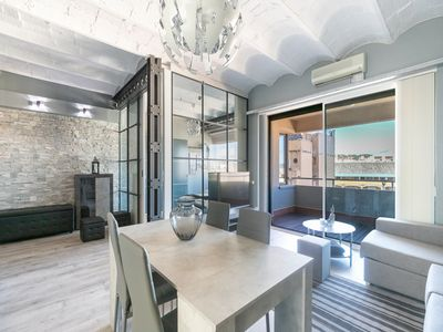 Photo for CHARMING APARTMENT WITH BALCONY VERY CLOSE TO THE CENTER AND PLAZA CATALUNYA FOR 4