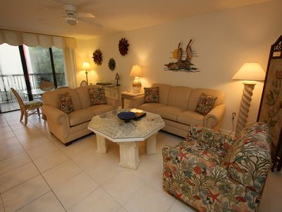 Photo for Villas of Avignon #104: 3 BR / 3 BA Condo on Longboat Key by RVA, Sleeps 7