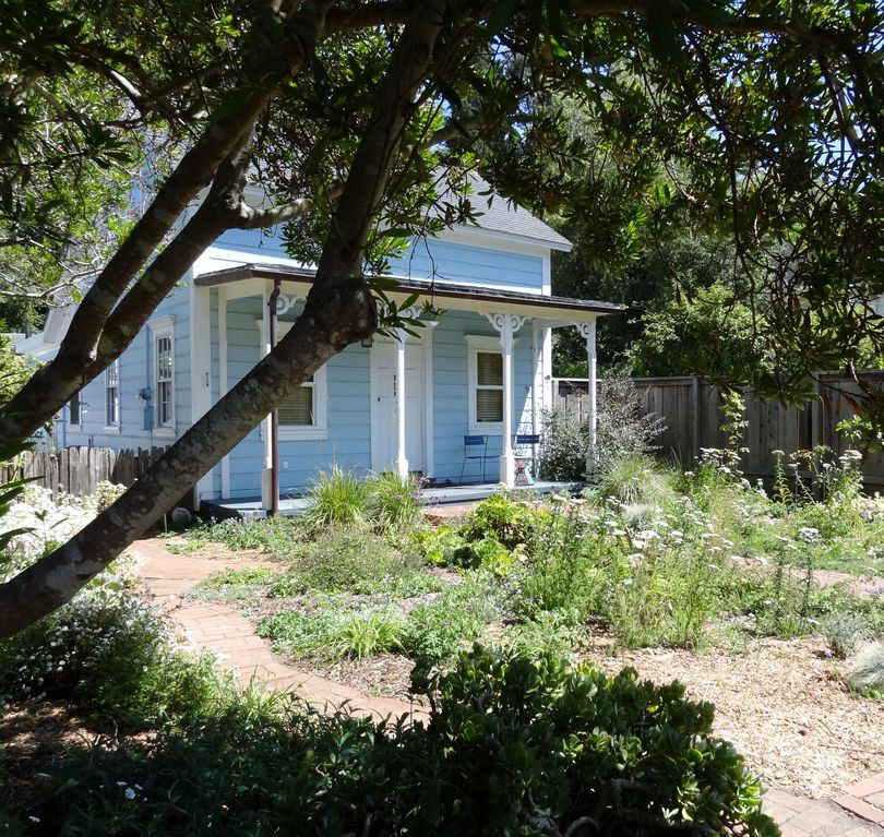 San Francisco Rentals By Owner: Bolinas Victorian Garden Cottage, Bolinas,San Francisco