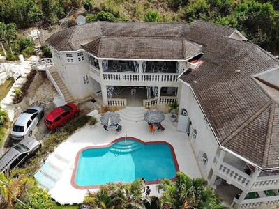 Photo for 6 bedroom Barbados luxury vacation villa  near beach-pool,Wifi,full staff, A/C,
