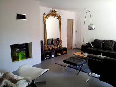 Photo for Renovated house, quiet, 10 minutes from Cours Mirabeau and the hyper center