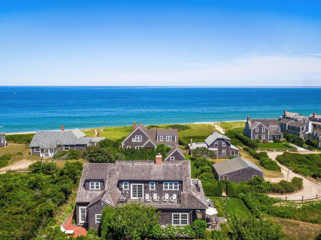 Grayseas Cottage A Nantucket Cottage With Vast Ocean Views