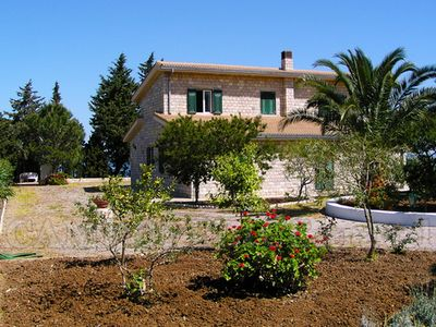Photo for Spacious villa with sea view, large garden barbecue, near the sea and Cefalu
