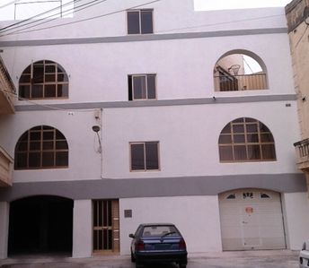 Photo for Central Apartment close to all amenities