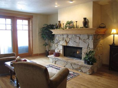 Photo for This condominium is a 4 bedroom(s), 3.5 bathrooms, located in Park City, UT.