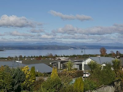 Photo for Lakewood Haven - Taupo Holiday Home