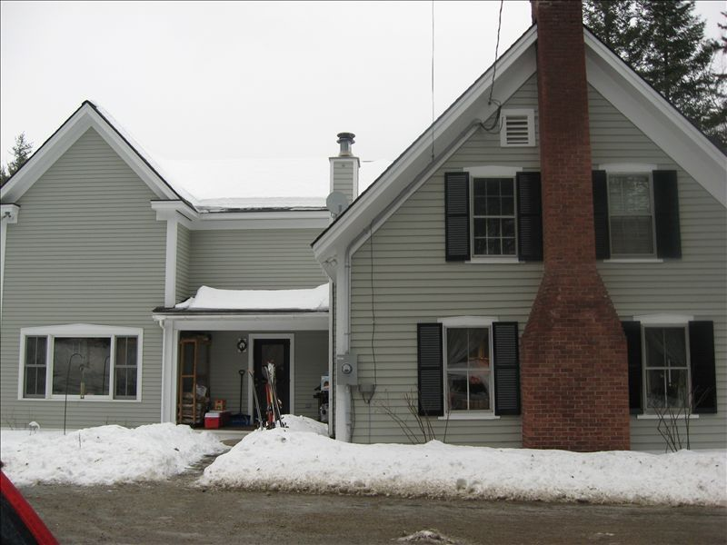 6 bedroom renovated vermont country home 3 miles from for Vermont country homes