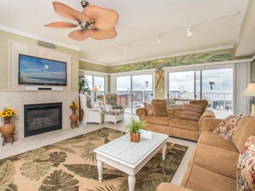 """This custom decorated condominium will """"Wow"""" you as soon as you walk in!"""