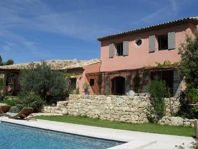Photo for Villa of character 250m2 floor standing large pool quiet