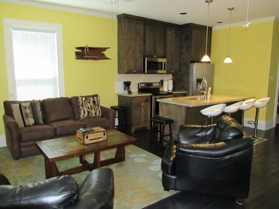 Newly Remodled Pleasure Pier/Beach Vacation Home