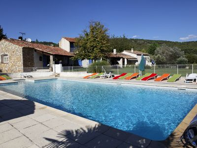 Photo for Traditional Provencal farmhouse with a pool