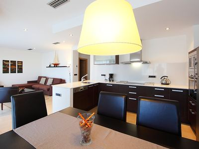 Photo for Apartment in the center of Empuriabrava with Lift, Washing machine, Air conditioning, Terrace (88235)