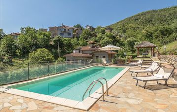 Search 650 holiday rentals