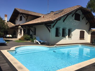 Photo for Latest availability !! Villa with pool between supervised beach and city