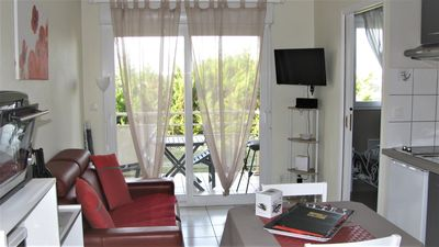 Photo for Rent furnished 800 m from the thermal baths and 80 m from the West Indies of JONZAC