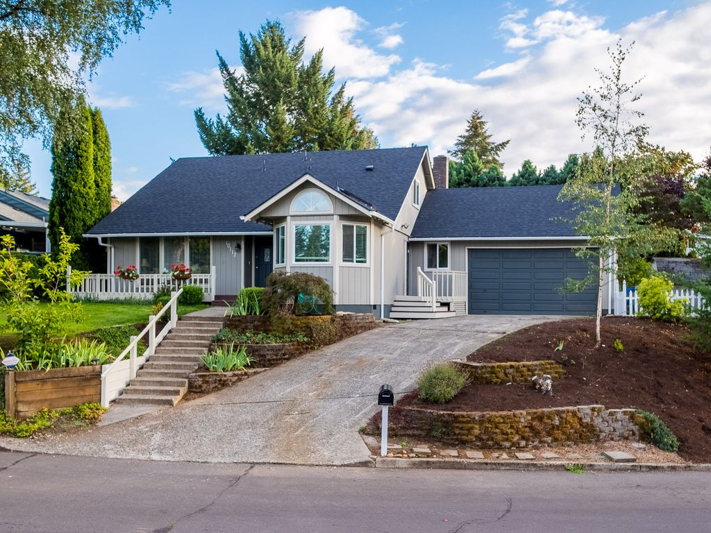 Beauty And Convenience In Vancouver Wa Homeaway