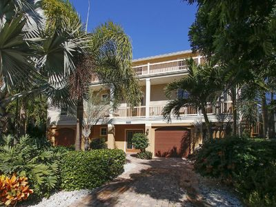 Photo for 4BR House Vacation Rental in captiva island, Florida