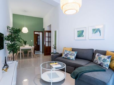 Photo for Gerona 3 dormitorios apartment in Casco Antiguo with WiFi & air conditioning.