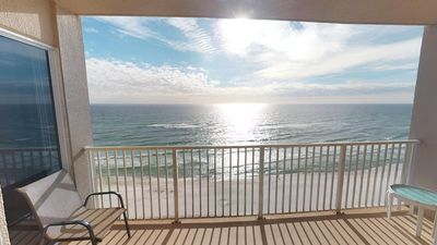 Photo for Beach Front 3Bed 3Bath Master Gulf View Sleeps 10 *Contact 4 Snow Bird Rates*
