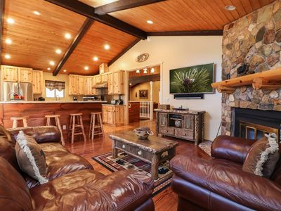 Photo for Fireside Family Resort: Luxury! Pool Table! Foosball! Hot Tub! Garage Parking! Central Location!