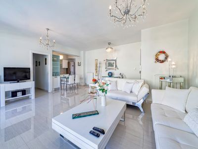 Photo for Luxury  apartment 5 minutes from the center