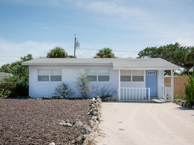 Photo for 819 25TH - 3/2 Beachside Charmer - Walk to beach, shopping & dining