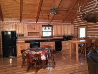 Spacious, secluded log cabin rental home