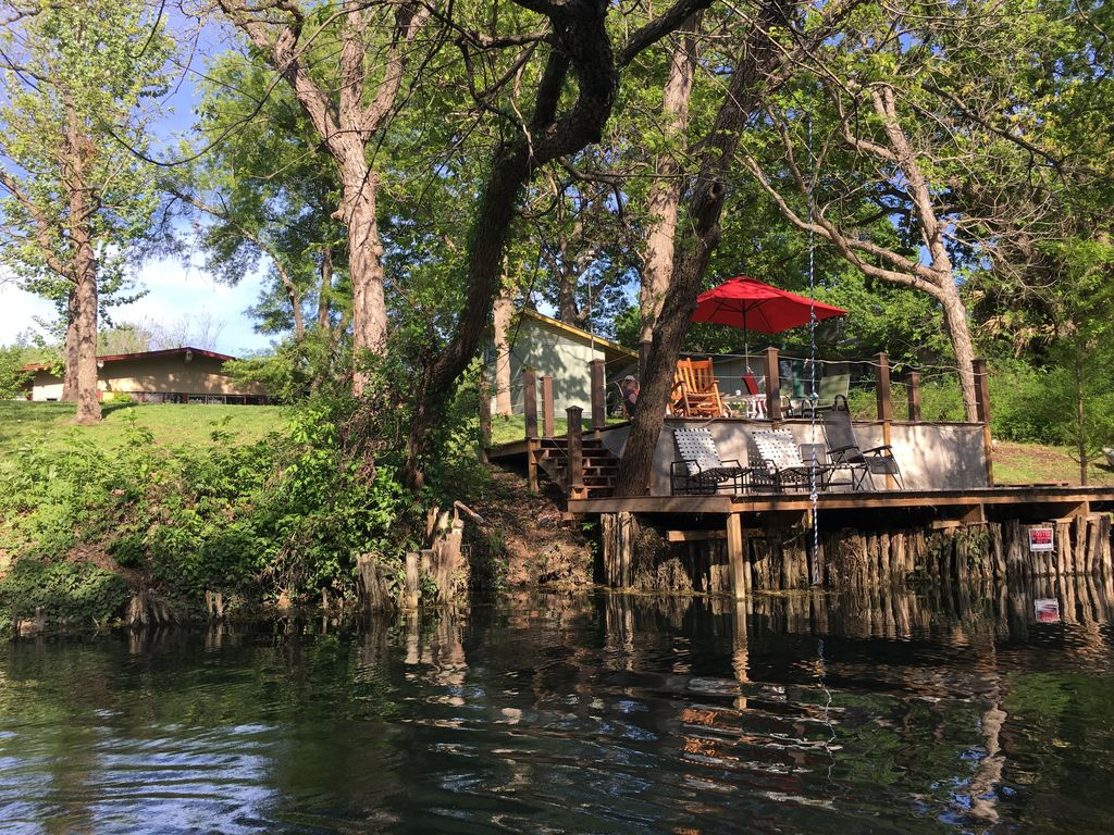 private river house on the san marcos river in the heart of san