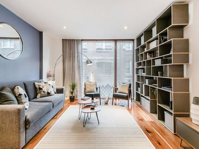 Photo for A LUXURIOUS AND SPACIOUS 1-BED IN SOHO