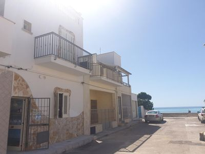 Photo for Apartment 10 meters from the Torre Lapillo beach with air conditioning