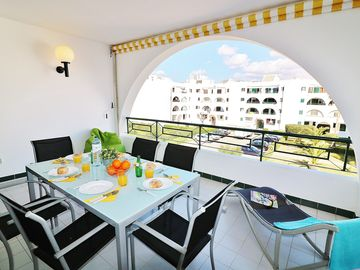 Search 4,486 holiday rentals