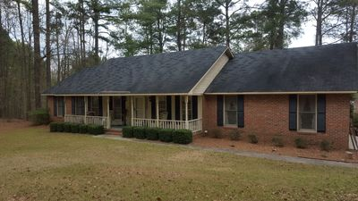 Photo for Ranch- 2BR, Large Pond, Screened Porch, Large yard