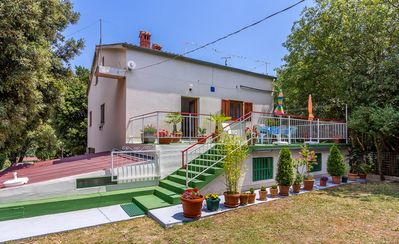 Photo for Holiday house Vinkuran for 1 - 9 persons with 4 bedrooms - Detached holiday house