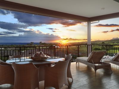 Photo for 3 Bedroom 3 Bathroom with stunning wraparound ocean view lanai