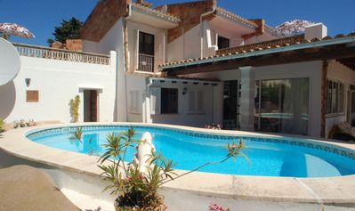 Photo for 3 bedroom villa with  pool. Walking distance centre & beach