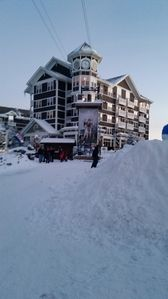 Best Location In All Of Snowshoe! One Of Only 2 True Ski In/out In The Village!!