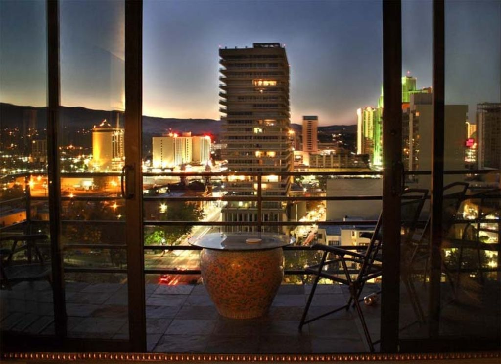 Luxury Penthouse overseeing the Truckee River in Downtown Reno