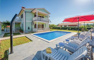 Photo for 4 bedroom accommodation in Kapelica