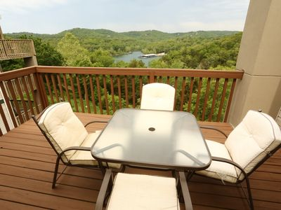 Photo for Branson Condo Rental   Eagles Nest   Indian Point   Silver Dollar City   Penthouse (061605)