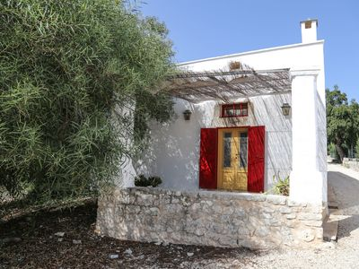 Photo for Beautiful private villa with WIFI, private pool, TV, patio, panoramic view, parking, close to Ostuni