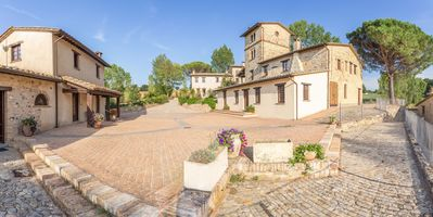 Photo for Country Resort in Montone with 2 bedrooms sleeps 8