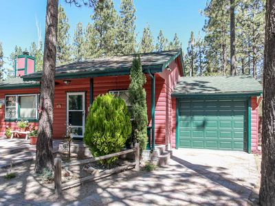 Photo for Barefoot Bungalow~Adorable Furnished Mountain Cottage~