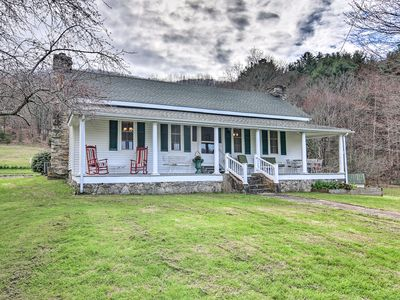 Photo for '100 Acre Woods' Blue Ridge Cottage w/Pond & Views