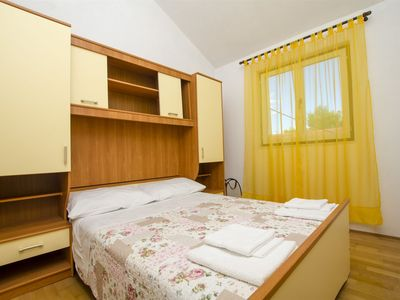 Photo for Apartments Mate (33711-A2) - Maslinica