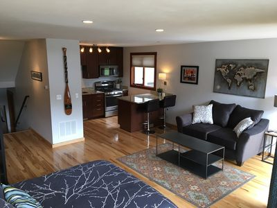 Photo for - Couple's Retreat - prime location, spacious, views, private deck, & fireplace!