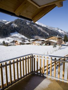 Photo for Prime Location Luxury First Floor Apartment overlooking the Rauris Valley.