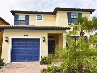 Photo for Budget Getaway - Solterra Resort - Feature Packed Spacious 5 Beds 5 Baths Villa - 7 Miles To Disney