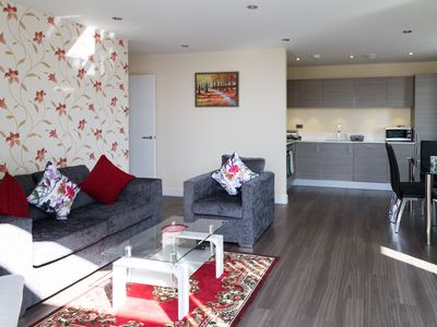 Photo for Stunning Penthouse with Parking & Balcony, 2 mins walk to Station