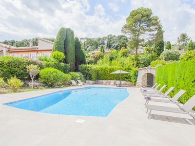 Photo for Beautiful villa of 300m², overlooking Saint-Paul-de-Vence and the sea + pool
